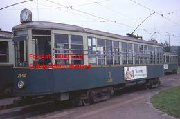 Reproduction D'une Photographie D'un Tramway Ligne 7 Avec Publicité Montenegro à Turin En Italie En 1977 - Riproduzioni
