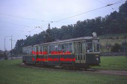 Reproduction D'une Photographie D'un Tramway Ligne 5 Circulant à Turin En Italie En 1977 - Riproduzioni