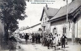 70   HERICOURT SORTIE DES USINES  (ANGLES LEGRT ARRONDIS) - Frankrijk