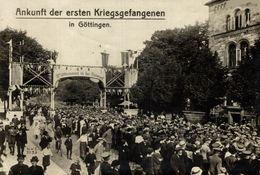FOTO  17*12cm  GOETTINGEN GOTTINGEN ANKUNFT DER ERSTEN  KRIEGSGEFANGENEN 1914/15 WWI WWICOLLECTION - Krieg, Militär