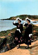 Ile De Groix * Cercle Celtique J. P. CALLOC'H * à L'horizon ... Une Voile ! * Coiffe Coiffes * éditeur Artaud Gaby N°6 - Groix