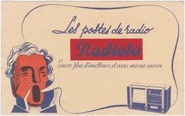 Buvard. Les Postes De Radio RADIOLA. Encore Plus D'émetteurs, Et Reçus Mieux Encore (1) - Papel Secante
