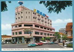 NAIROBI New Avenue Hotel Austin Mini Van Ford Anglia Peugeot 404 Renault Dauphine Hillman Minx 1500 Hunter Estate Autos - Kenia