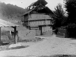 TRES RARE  Négatif  Sur Plaque De Verre :   La Tuilerie   URIAGE En Juillet 1895 - Glass Slides