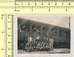 REAL PHOTO 1939 Train Railway Station, People, Serbia, Velika Plana ORIGINAL VINTAGE SNAPSHOT PHOTOGRAPH - Treni
