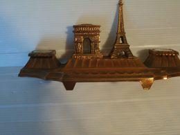 ENCRIER SOUVENIR DE PARIS EN REGULE - Inkwells