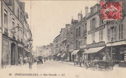 FONTAINEBLEAU: Rue Grande - Fontainebleau