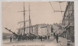 83   Saint Tropez  Le Port Et La Statue De Suffren   Cliche Peu Courant Annime - Saint-Tropez