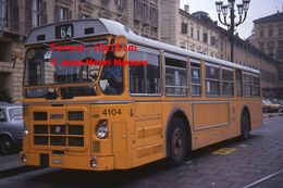 Reproduction D'une Photographie D'une Vue D'un Bus Orange Ligne 64 à Turin En Italie En 1977 - Riproduzioni