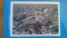 AFFICHE - PHOTOS SUR PAPIER - ALBI - AU CENTRE  DOMINANT LA VALLEE DU TARN  CATHEDRALE ST CECILE A GAUCHE LE  CASTELVIEL - Riproduzioni
