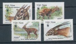 2000. Vietnam - Animals - Stamps