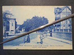 14 - Deauville - CPA - Rond - Point Des Rues Désiré Le Hoc Et Du Bac - Villa Belvédère Et Crédit Lyonnais N° 18 - 1922 - - Deauville