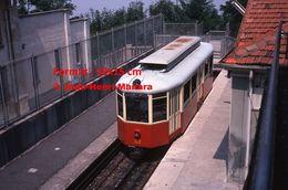 Reproduction D'une Photographie D'un Tramway à Crémaillère à L'arrêt De Superga-Turin En Italie De 1978 - Riproduzioni