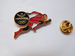 Beau Pin's , JO Jeux Olympiques Barcelone 92 , Signé COOB 92 - Jeux Olympiques