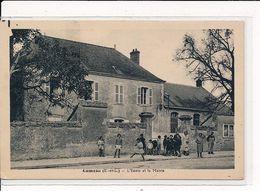 LUMEAU : L'Ecole Et La Mairie - Très Bon état - France