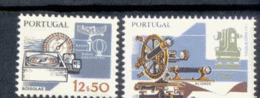 1593 - 1594 Arbeitsmittel ** MNH Postfrisch - 1910-... Republik