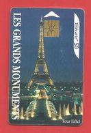 TELECARTE 50 U TIRAGE 500 000 EX Les Grands Monuments Tour Eiffel - Francia