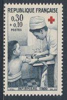 France Rep. Française 1966 Mi 1569 YT 1509 Sc B403 SG 1734 ** Nurse Tending Girl / Krankenschwester / Infirmiere (1966) - Medicine