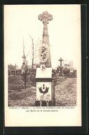 CPA Rancourt, La Croix Du Cimetière Avec Le Livre D`or Des Morts De La Grande Guerre - Zonder Classificatie
