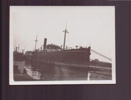 PHOTO D UN BATEAU A QUAI 8 X 6 CM - Barche