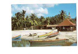 Cpm - MARTINIQUE - Les Trois Ilets - 1984 - Baudry AM 3840 - Voiture 4L RENAULT Barque Papamaman - Martinique