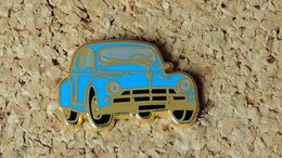 Pin's PEUGEOT 203 Bleue - émaillé à Froid époxy - Fabricant BALLARD  Doré à L'or Fin - Peugeot