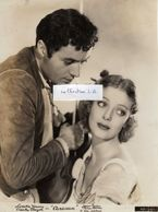 "CHARLES BOYER Et LORETTA YOUNG - Ph 6  1 - Dans Le Film "" Caravan "" 1934. - Berühmtheiten"