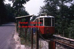 Reproduction D'une Photographie D'un Arrêt De Tramway à Crémaillère En Circulation De Superga-Turin En Italie De 1978 - Riproduzioni