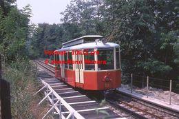 Reproduction D'une Photographie Du Passage D'un Tramway à Crémaillère En Circulation De Superga-Turin En Italie De 1978 - Riproduzioni