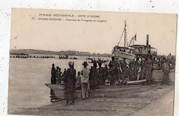COTE D'IVOIRE GRAND-BASSAM COURSES DE PIROGUES EN LAGUNE - Costa De Marfil