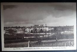 LA PUYE, Vienne: Communauté Des Filles De La Croix;Vue Générale Sud Est ; TTB - Francia