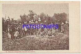 138048 PARAGUAY COSTUMES ESCENA CAMPESTRE ASADO CON CUERO POSTAL POSTCARD - Paraguay