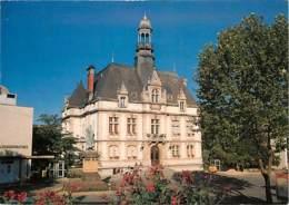 12 - Decazeville - L'Hôtel De Ville - Fleurs - CPM - Voir Scans Recto-Verso - Decazeville