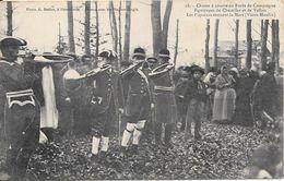 Chasse à Courre En Forêt De Compiègne - Equipage De Chézelles Et De Vallon - Les Piqueurs Sonnent La Mort (Vieux Moulin) - Caza