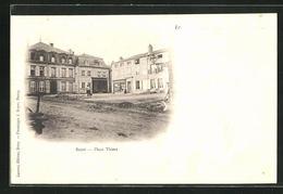 CPA Briey, Place Thiers, Platz Im Ortskern - Briey