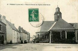 Frossay * Place Et Chevet De L'église ( Côté Nord ) - Frossay