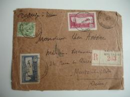 Timbre  Poste Aerienne Avion Survolant Marseille Couleur Rouge Et Bleu Devant Lettre - Storia Postale