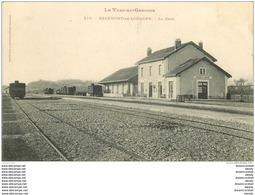 82 BEAUMONT-DE-LOMAGNE. La Gare Avec Wagons 1906 - Beaumont De Lomagne