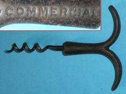 Rare Ancien Tire-bouchon Bouchons Métal Marque COMMERCIAL Forme Queue De Poisson - Tire-Bouchons/Décapsuleurs