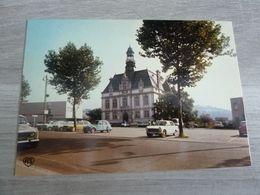 DECAZEVILLE - LA PLACE ET L'HOTEL-DE-VILLE - EDITIONS APA-POUX - - Decazeville
