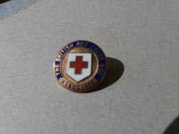 British Red Cross Associate Pin - Croix Rouge Britannique - Medical & Dental Equipment