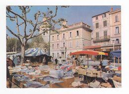 83 Ollioules Jour De Marché Place Jean Jaurès Bar Ford Capri Devant Mairie PUB Bière Zénith - Ollioules
