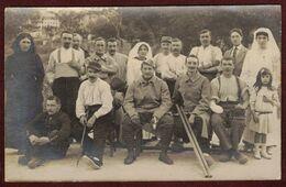 Carte Photo Groupe Militaires Convalescent  Blessé Hôpital Militaire Infirmière Guerre 1914 - 1915 Santé Blessés - Guerra 1914-18