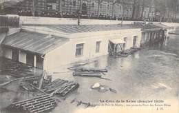 75 - PARIS 01 ° - INONDATIONS De PARIS ( Janvier 1910 ) Crue De La Seine : Octroi Du Port Nicolas - CPA - Seine - De Overstroming Van 1910