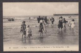 65604/ CALAIS, La Plage, L'Heure Du Bain - Calais
