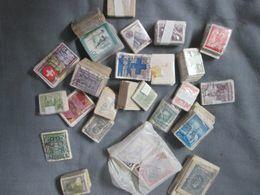 Bottes De Timbres En Botte Issue D Un Vide Maison Roumanie. Suisse .autriche .onu.et Divers - Lots & Kiloware (mixtures) - Min. 1000 Stamps