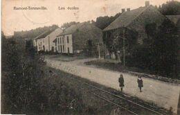 Ramont-Tenneville  Les écoles Rails Du Tram Circulé En 1925 - Tenneville