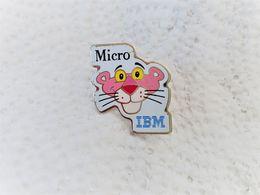 PINS PANTHERE ROSE IBM MICRO / Base Argentée  Signé U.A. INC 1993 / 33NAT - Informatique