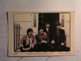 Spectacle > Musique Et Musiciens - Les Beatles - Sgt Pepper - Musica E Musicisti