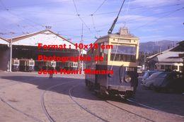 ReproductionPhotographie Du Tramway N°1266 Ligne 68 Quittant Le Dépôt à Marseille En 1963 - Repro's